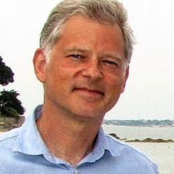 Philippe LECORRE quitte le conseil municipal pour Washington
