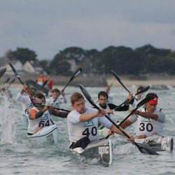 Soixante-trois kayakistes de surfski à Penthièvre
