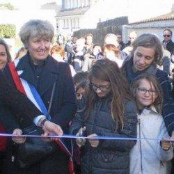 L'école publique de Sain Pierre s'appelle désormais Éric-Tabarly