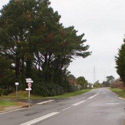Nouvelle signalétique sur la RD 186 au carrefour des Tamaris